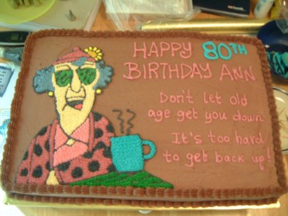 Maxine - I freehanded Maxine and then piped in details with buttercream.