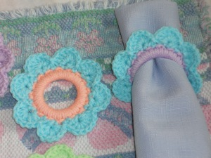 crochet flower napkin rings