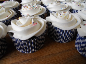 pretty cupcakes and grease proof liners