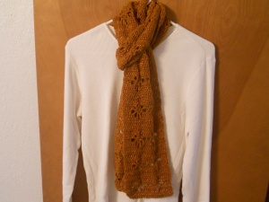 gold poinsettia scarf crochet