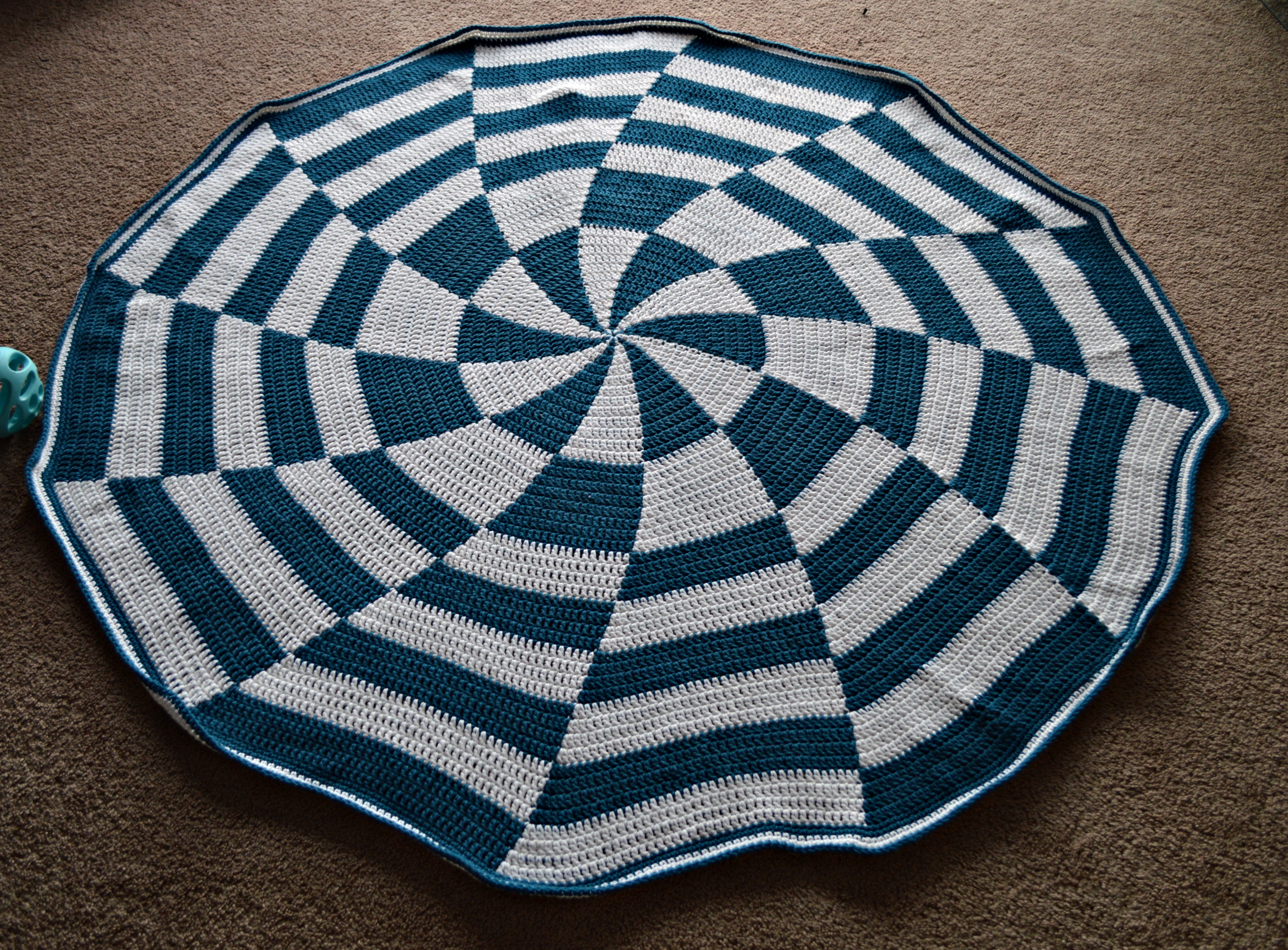 Fo Friday Pinwheel Afghan A Little Of This And A Little Of That
